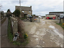 SO8700 : Fork in the road, Minchinhampton by Jaggery