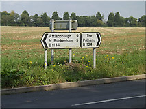 TM1587 : Roadsigns on the B1134 Long Row by Adrian Cable