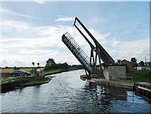 SE6912 : Wykewell lift bridge, open for a boat [again] by Christine Johnstone