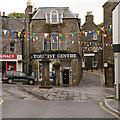 HU4741 : Visit Scotland Lerwick iCentre and Market Cross by David Dixon