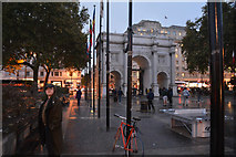 TQ2780 : London : Westminster - Marble Arch by Lewis Clarke