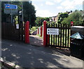 SX9293 : Entrance path down to platform 1, St James Park railway station, Exeter by Jaggery