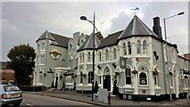SU1585 : The Great Western Hotel, Swindon by Chris Morgan