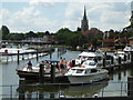 SU8586 : Waiting for the lock at Marlow by Chris Allen