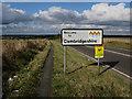 TL3542 : Old North Road entering Cambridgeshire by Hugh Venables