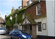 TQ5243 : The Leicester Arms by N Chadwick