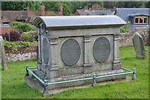TQ5446 : Chest tomb, Church of St Mary by N Chadwick