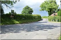 TQ4945 : Crossroads, Gilwyns by N Chadwick