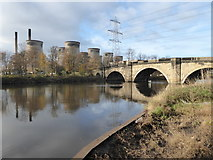 SE4824 : Ferrybridge and power station by Chris Allen