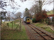 SH8931 : Support diesel locomotive by Richard Hoare