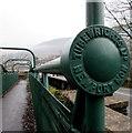 ST2192 : Tubular steel footbridge detail, Crosskeys by Jaggery