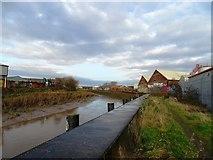 TA1031 : River Hull by Matthew Chadwick