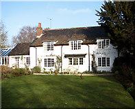 TG2909 : Appletree Farmhouse by Evelyn Simak