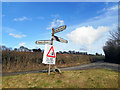SU8690 : Bent Signpost, Winchbottom Lane by Des Blenkinsopp