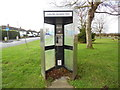 SP8106 : Former KX300 Telephone Kiosk at Smokey Row by David Hillas