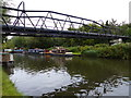 TQ0492 : Pipebridge across the Grand Union Canal by Mat Fascione