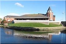 J3731 :  Newcastle Library by Eric Jones