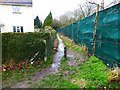 SU1506 : Footpath at the end of Hurst Road by David Lally