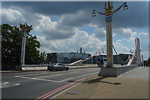TQ2877 : A3216, Chelsea Bridge by N Chadwick