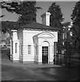 SP3165 : Park lodge, Parade, Leamington Spa by Julian Osley