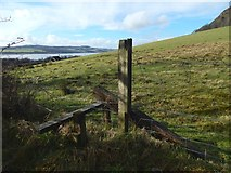 NS4274 : Stile at the edge of a field by Lairich Rig
