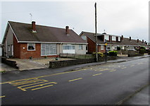 SS8178 : West Park Drive bus stop, Porthcawl by Jaggery