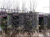 NS6162 : Dalmarnock Rail Bridge by frank smith