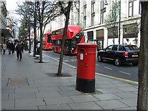 TQ2881 : Oxford Street, London by JThomas