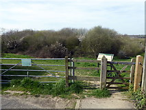 TQ7809 : Entrance to Combe Valley Countryside Park, Reedswood Road by PAUL FARMER