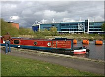 SK5702 : Narrowboat on the Grand Union Canal by Mat Fascione