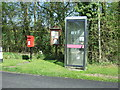 SO9657 : Elizabeth II postbox and telephone box, Grafton Flyford by JThomas