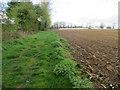 TL4775 : Footpath to Haddenham by Hugh Venables