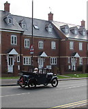 SO8005 : Old timer in Bath Road, Stonehouse by Jaggery