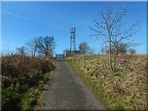 NS4670 : Path to the top of Craigend Hill by Lairich Rig