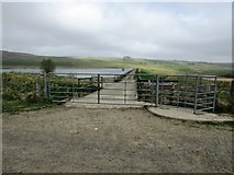 NO2105 : Harperleas Reservoir, Lomond Hills by Bill Kasman