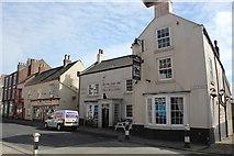 TA1767 : Royal Oak Inn aka The Black Lion, 93 High Street, Bridlington by Jo Turner