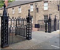 SO5139 : Railings, Castle Street, Hereford by Stephen Richards