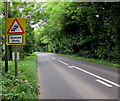 SU0099 : Queues likely sign facing the A429 near Cirencester by Jaggery