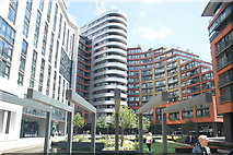 TQ2681 : View of blocks of flats in the Paddington Basin from Floating Pocket Park by Robert Lamb