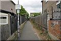 TQ4488 : Start of footpath 97 in Perkins Road by Phil Gaskin