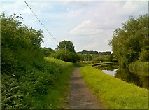 SO8689 : Canal Scenery by Gordon Griffiths