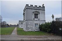 TQ1776 : Gate Lodges, Syon Park by N Chadwick