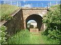 NT6877 : East Lothian Bridges : ECML8/087 At Newtonlees, Near Dunbar by Richard West