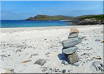 HU3630 : Beach Stones, Banna Minn by Des Blenkinsopp