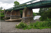 SD5193 : Railway bridge over River Kent by Ian Taylor