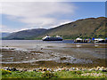 NN1074 : Loch Linnhe Shore near Fort William Old Pier by David Dixon
