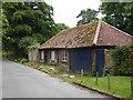 SU9287 : Old farm outbuildings (?), Green Common Lane (2) by Stefan Czapski