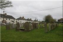 SU4980 : Churchyard by Church Hill by Bill Nicholls