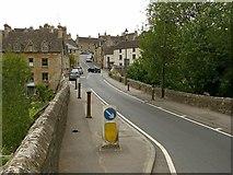 ST8992 : Wiltshire Bridge, Tetbury by Alan Murray-Rust