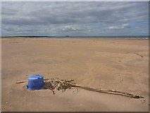 NT6578 : Coastal East Lothian : There's A Hole In My Bucket by Richard West